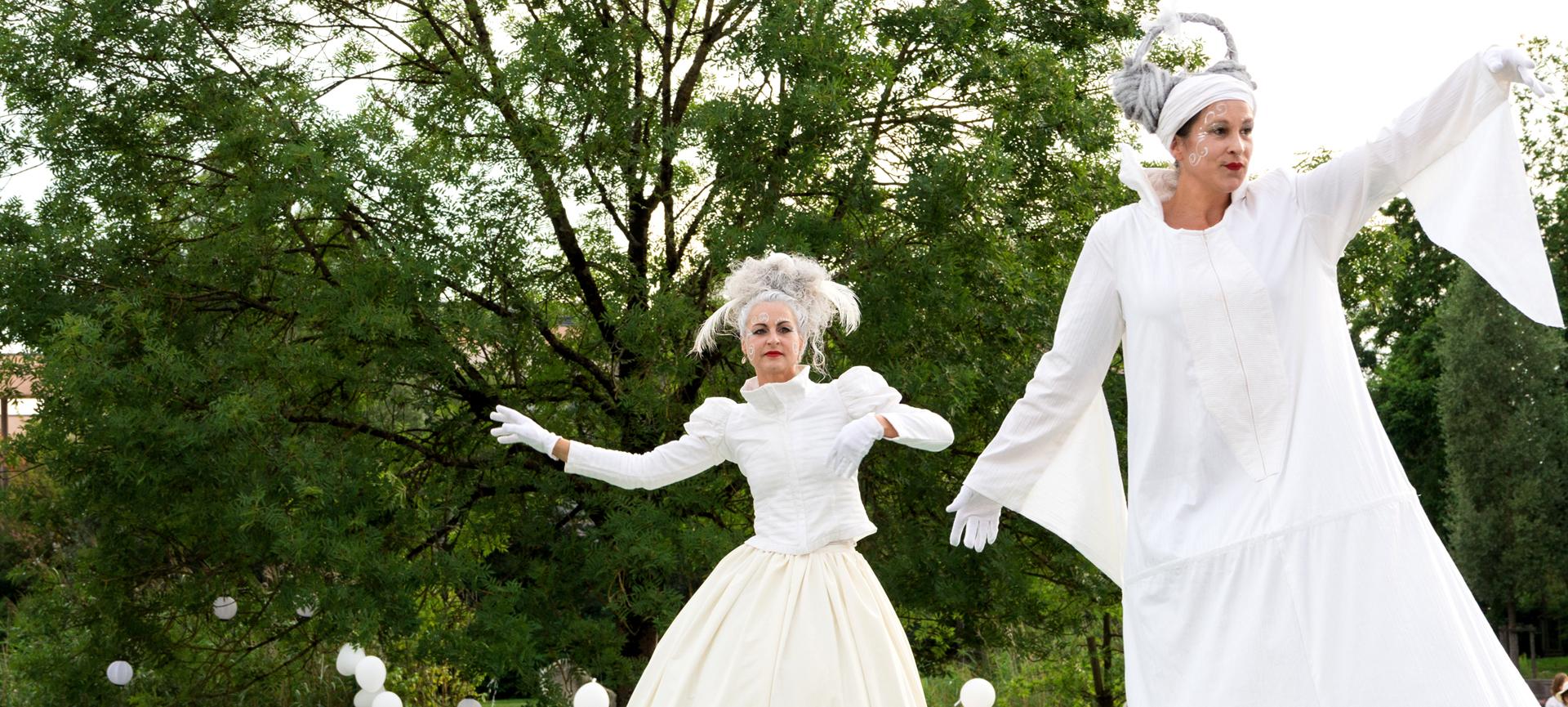 Der Walking Act Luftzauber und Weisses Diner